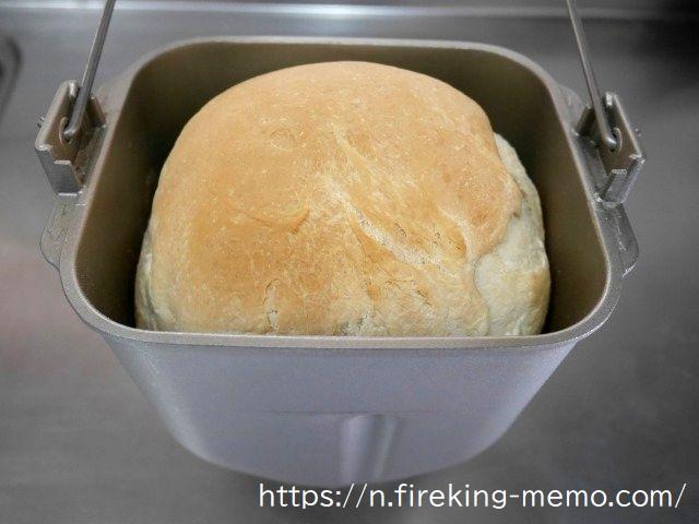 ホームベーカリーで焼けた米粉パン